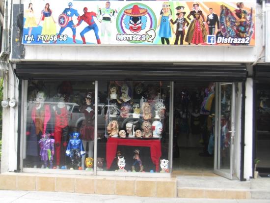 Disfraza2 tienda de disfraces en le n guanajuato - Articulos carnaval ...